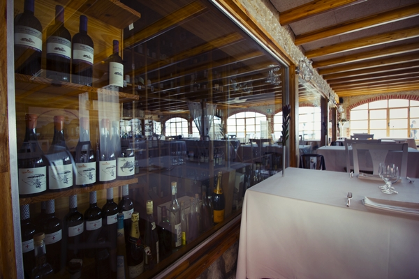 Restaurante Casa Manolo Daimús. Chef Manuel Alonso. 1 estrella Michelín 2 soles repsol. Vista sala