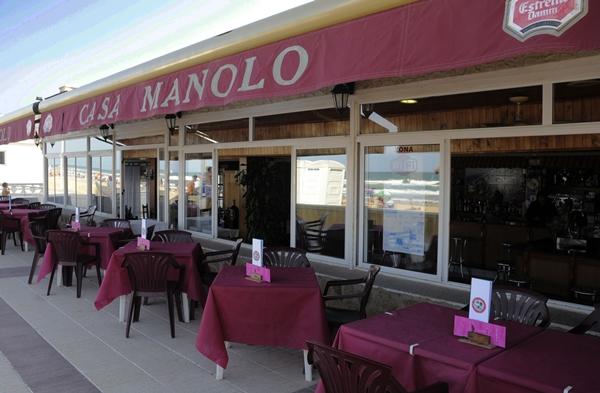 Restaurante Casa Manolo en Daimús. Terraza. 2007